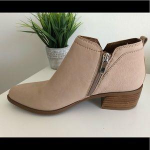🌿Brand New🌿Franco Sarto Beige Leather Booties